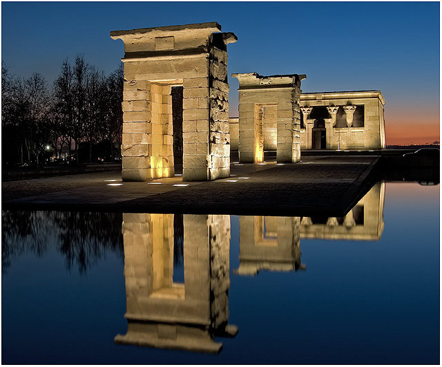 templo de debod templo de debod night view