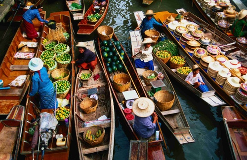 Thailand  - Damnoen Saduak - the floating market
