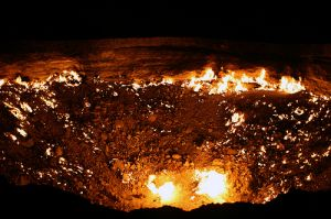 "The ""Door to Hell"" in Turkmenistan"