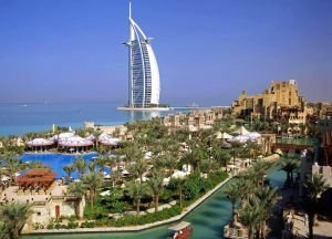 Dubai-the shopping capital city of the Middle East