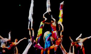 Heavenly show from China  – the most amazing circus