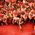 Image La Tomatina - The strangest festivals in the world