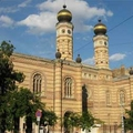 Image The Great Synagogue and Jewish Museum - The best places to visit in Budapest, Hungary